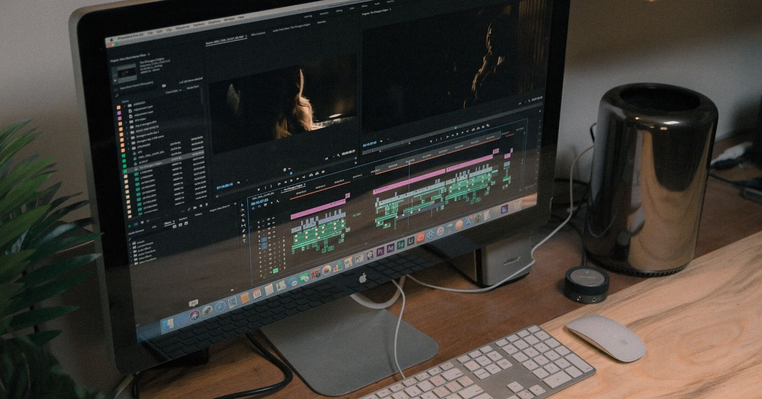 mac-apple-computer-open-to-adobe-video-editing-software